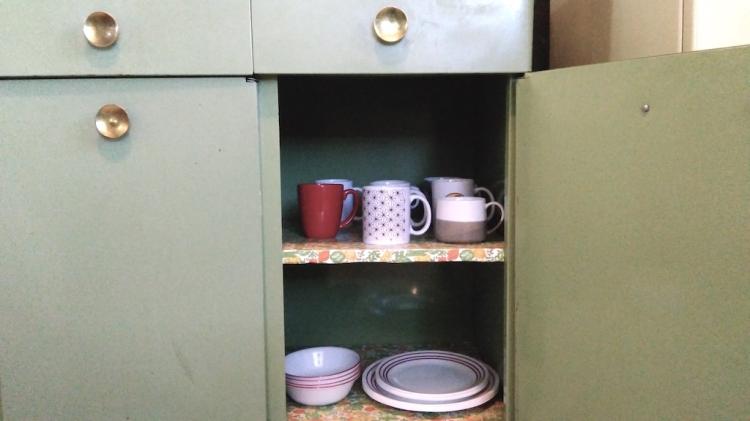 tazas y platos.jpg